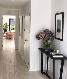 I spy with my little eye. Entrance Design, Interior Decorating, Interior Design, I Spy, Timber Flooring, Entryway Tables, Eye, Simple, Modern
