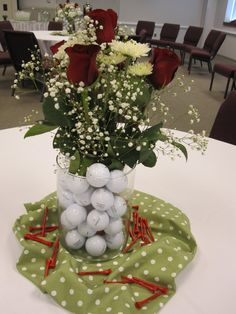 centerpieces with golf balls | Mal-licious: Party on the Green!