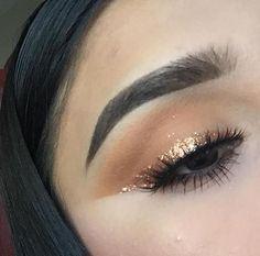 Idea # 2018 # / # 2019 # @ glitterinjections # 6542 - Augen Make-Up Makeup Eye Looks, Cat Eye Makeup, Kiss Makeup, Cute Makeup, Pretty Makeup, Eyeshadow Makeup, Makeup Art, Hair Makeup, Drugstore Makeup