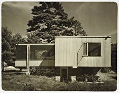Chamberlain Cottage by Marcel Breuer and Walter Gropius.  Wayland, MA (1940-41)