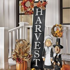 From Countrydoor Harvest Sign With Bow A Burlap Accent Adds Touch Of Fall To This