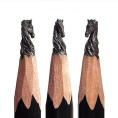Incredible miniatures sculpted from pencil graphite by Russian artist Salavat Fidai Pencil Carving, Graphite Art, Crayon Art, Wow Art, Equine Art, Fantastic Art, Pencil Art, Lead Pencil, Creative Art