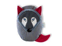 Nahřívací polštářek - Vlček . Nahřívací polštářek v originálním designu pomůže od bolestí při nadýmání a udělá dětem i jejich maminkám radost. Fisher Price, Pillows, Design, Throw Pillow, Cushions, Cushion, Scatter Cushions