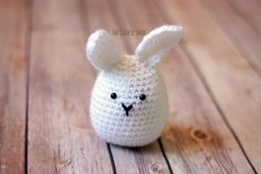 The Eggster Bunny Free Pattern