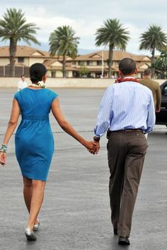Hand in Hand - The Obama Family's Sweetest Moments