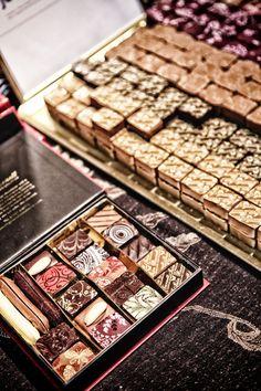 Iain Burnett's particularly beautiful chocolates Love Chocolate, Chocolates, Drink, Sweet, Desserts, How To Make, Beautiful, Food, Candy