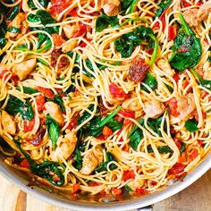 Looking for the best quick and easy healthy dinner recipes? We cover recipes for weight loss and for people on a budget. Family recipes and cooking for one. Chicken Spinach Pasta, Chicken Spaghetti Recipes, Chicken Recipes, Spaghetti Spinach, Spinach Pasta Recipes, Basil Chicken, Shrimp Pasta, Summer Pasta Recipes, Fast Recipes