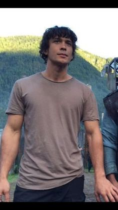 Bob bts (Yes he's holding Mike Beach's hand) #The100