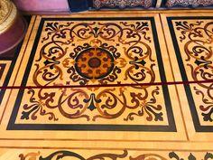 """井上のきあ@8/27新刊入稿データのつくりかた on Twitter: """"エルミタージュ、床の寄木細工もすごいんですが、天井しか注目されてないのもったいない… """" Animal Print Rug, Rugs, Twitter, Home Decor, Farmhouse Rugs, Decoration Home, Room Decor, Home Interior Design, Rug"""