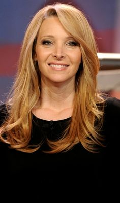 Lisa Kudrow Plastic Surgery Before and After - http://www.celebritysizes.com/lisa-kudrow-plastic-surgery-before-after/