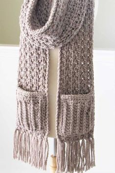 Chunky Crochet Pocket Scarf (Easy Texture) - Crochet Dreamz