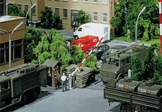 Faller military sandbags Model Trains, Scale Models, Sims, Glass Art, Hobbies, Miniature, Military, Dioramas, Model Building