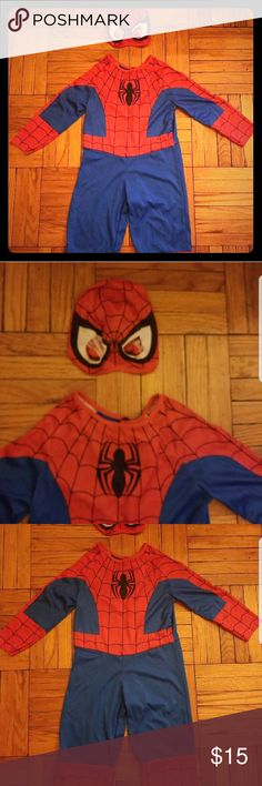 SPIDERMAN COSTUME Great condition Size 3t... doesn't say it but remembered on the package Costumes Halloween
