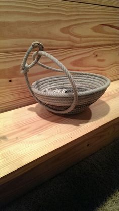 Lariat rope bowl