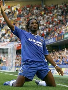 Google Image Result for http://www.picgifs.com/soccer-graphics/soccer-graphics/didier-drogba/soccer-graphics-didier-drogba-562345.jpg