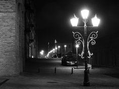 Manufaktura at night