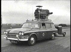 Humber Snipe Estate. BBC Camera Car. Vintage Tv, Vintage Cameras, Classic Trucks, Classic Cars, Nfl Usa, Changchun, Old Lorries, Film World, Old Technology