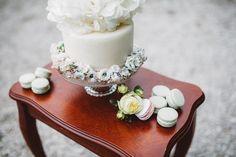 Handmade flower crown from Vienna. ❤ Exclusive custom made wedding crowns for brides ❤ Blumenkranz handgemacht in Wien anfertigen lassen. Flower Band, Flower Crown, Boho, Handmade Flowers, Beautiful Bride, Bridal, Cake, Design, Wedding