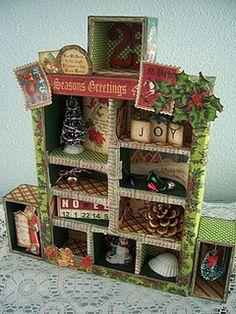 @Anna Totten Totten Nadal 45 - #Christmas Emporium @Tim Harbour Harbour Harbour Holtz Configurations box