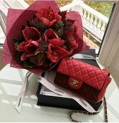 Watch and command live girls for free on FreeBestCams . Jet Privé, Make Up Bride, Luxury Couple, Flower Bag, Live Girls, Backpack Purse, Bago, Chanel Boy Bag, Chanel Bags