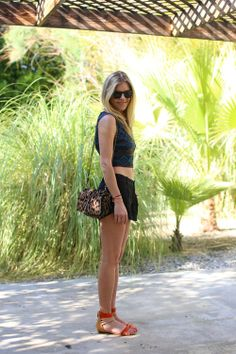 Tory Burch Bag and Westward Leaning Sunglasses - Fashion at Coachella 2013 Passion For Fashion, Love Fashion, Girl Fashion, Autumn Fashion, Womens Fashion, Fashion Trends, Festival Outfits, Festival Fashion, Fashion Articles