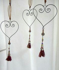 Wire Crafts, Metal Crafts, Jewelry Crafts, Diy And Crafts, Arts And Crafts, Ideias Diy, Heart Crafts, Heart Ornament, Handmade Wire