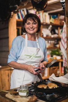 "Sikke Sumari vannoo: ""Tässä on maailman helpoin ja paras mustikkapiirakka! Quiche, Food And Drink, Easy Meals, Eat, Cooking, Recipes, Food Ideas, Explore, Drinks"