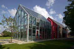 Sliding House by dRMM Architects