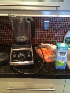 Easy Papaya and Pineapple Smoothie Recipe