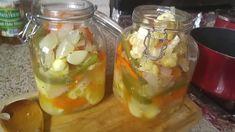 Escabeche... Verduras En Vinagre! Cordon Blu, Recetas Salvadorenas, Salad Recipes, Vegan Recipes, Fruits And Veggies, Cucumber, Mason Jars, Canning, Tortilla
