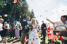 Confetti photography by lemonade pictures