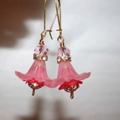 Pretty In Pink - Lucite Flower and Crystal Vintage Style Earrings