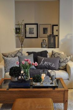 The accent pieces that you put on your coffee table will change atmosphere of the whole room