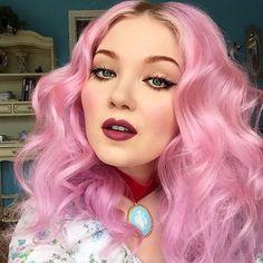 ♡ pink hair ,I love lime crime ♡♡♡ Girl Hair Colors, Cool Hair Color, Yellow Hair, Purple Hair, Extreme Hair Colors, Hair Color Caramel, Rose Gold Hair, Pastel Hair, Mermaid Hair
