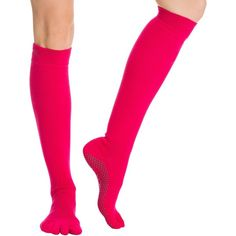 Toesox Knee High Scrunch Full-Toe Yoga Grip Socks (755 DOP) ❤ liked on Polyvore featuring intimates, hosiery, socks, knee high hosiery, knee length slip, yoga socks, scrunch socks and knee length socks
