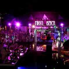 Nikki Beach Club Los Cabos is one of the best hotel bars in Los Cabos. Vacation Places, Dream Vacations, Vacation Spots, Nikki Beach Club, Cabo San Lucas Mexico, Cancun Mexico, Mexico Travel, Best Hotels, Night Life