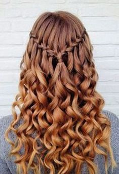Cool Hairstyles This is one of the cutest half up half down hairstyles for long hair!Cool Hairstyles This is one of the cutest half up half down hairstyles for long hair! Grad Hairstyles, Down Hairstyles For Long Hair, Dance Hairstyles, Easy Hairstyles, Wedding Hairstyles, Hairstyle Ideas, Teenage Hairstyles, Simple Homecoming Hairstyles, French Hairstyles