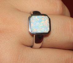 white fire opal ring Gemstone silver jewelry Sz 9 chic cocktail modern  B9D3