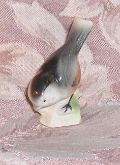 Chickadee Canadian Tender Leaf Tea Premium Number 6  Bird  Figurine  #CanadianTenderLeafTeaPremium