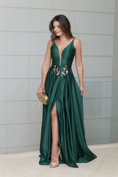 A-Line Prom Dress, Evening Dresses With Split ,Deep v neck prom dress, Shop plus-sized prom dresses for curvy figures and plus-size party dresses. Ball gowns for prom in plus sizes and short plus-sized prom dresses for V Neck Prom Dresses, Long Prom Gowns, Evening Dresses, Bridesmaid Dresses, Formal Dresses, Dress Long, Elegant Dresses, Prom Long, Long Dresses