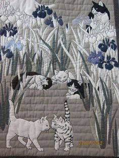Tokyo Quilt Festival 2012 - Mazie Chan - Веб-альбомы Picasa Is this a panel or applique? because of the Tabby, it looks like a panel. Dog Quilts, Cat Quilt, Animal Quilts, Gatos Cats, Quilt Modernen, Art Textile, Landscape Quilts, Quilt Festival, Japanese Embroidery
