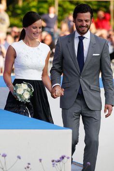 14-7-2015 Prince Carl Philip and Princess Sofia Make Their First Married Appearance!