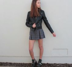 Love this outfit! I need a plaid skater skirt