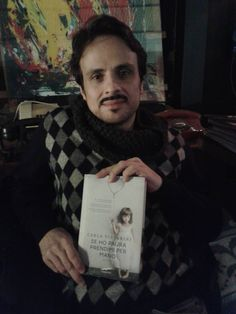 Maximilian Nisi reading Se ho paura prendimi per mano amzn.to/1zvZQ1S