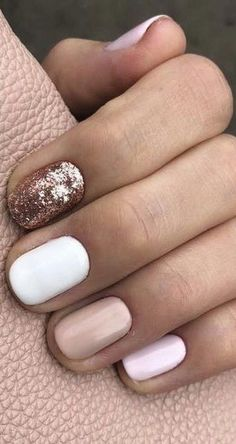 25 Amazing Short Nail Art Designs for Winter to Spring Short nails with square or oval tips will look beautiful with attractive colors and designs. In winter and spring, you can have the same nail look. It will save your time to get amazing nail art. Short Gel Nails, Short Nails Art, White Short Nails, Black Nail, Simple Gel Nails, White Summer Nails, Pretty Short Nails, Short Nail Manicure, Cute Simple Nails
