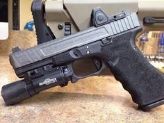 https://laststandonzombieisland.files.wordpress.com/2014/07/salent-arms-glock-ludus.jpg