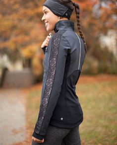 Here's one of the cute jackets from @lululemon athletica I'm hoping to pick up for my gorgeous wife this weekend... RUN:Draft Dodger Jacket