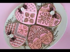 ▶ Advanced Cookie Stenciling Using Color/Pattern Blocking Techniques (aka Fancy Heart Cookie) - YouTube