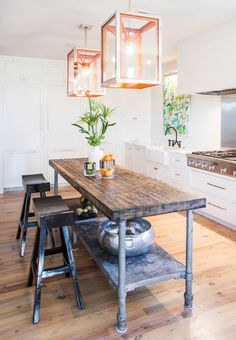 Industrial decor style is perfect for any interior. An industrial dinning room is always a good idea. See more excellent decor tips here:http://www.pinterest.com/vintageinstyle/
