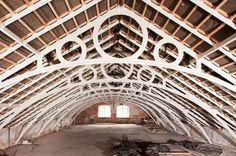 textile mills of south west England Wooden Buildings, Roof Trusses, Wood Structure, English Heritage, Post And Beam, Joinery, Living Spaces, Architecture, Roof Ideas